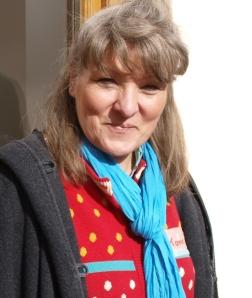 Karin Frank aus Bernau am Chiemsee, berichtet mit vielen Bildern und Kurzfilmen über unterschiedliche Projekte